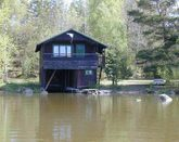 Cottage on the shores of Lake Hjälmaren