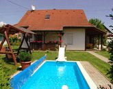 Holidayhome with pool amd kid's pool in Siofok