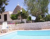 TRULLI HOLIDAY VILLA WITH POOL