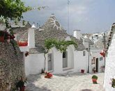 HOLIDAYS AMONG TRULLI