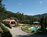 Holiday Villa with Pool between Umbria and Tuscany