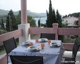 House with three apartments, 24 best grades of guests,  50m from the beach!